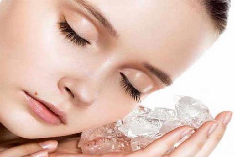 Teknik peremajaan kulit terbaru menggunakan suhu dingin dari es batu dan nitrogen cair untuk menghilangkan kerutan.