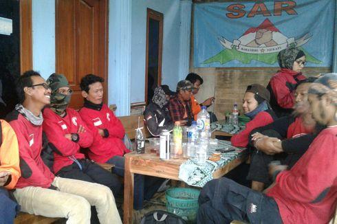 6 Kelompok Relawan Diterjunkan Cari 2 Pendaki Gunung Merapi