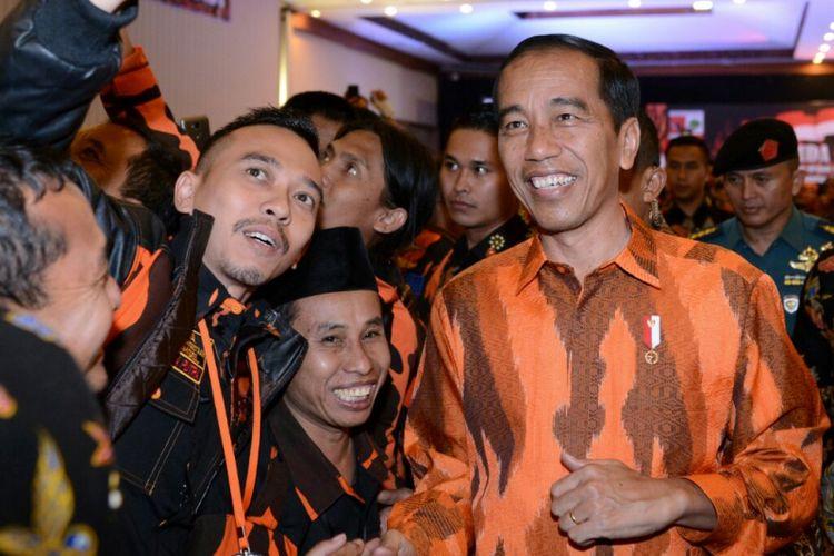 Presiden Joko Widodo menghadiri HUT Pemuda Pancasila di Surakarta, Sabtu (28/10/2017).