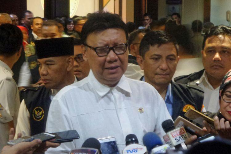 Menteri Dalam Negeri Tjahjo Kumolo saat menghadiri workshop Satgas Sapu Bersih Pungutan Liar (Saber Pungli) Kemenko Polhukam di Hotel Mercure, Ancol, Jakarta Utara, Rabu (2/8/2017).