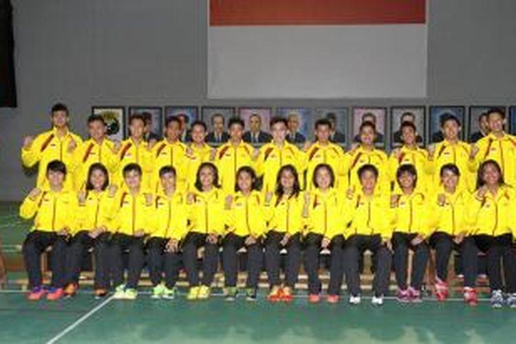 Tim bulu tangkis yunior Indonesia yang akan berlaga pada World Junior Championships di Malaysia, 7-18 April 2014.
