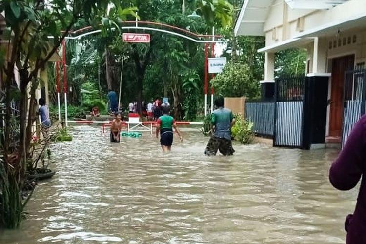 Banjir yang terjadi di Permuhan Taman Ciruas Permai, Kabupaten Serang