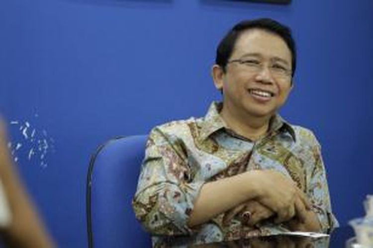 Ketua DPR RI Marzuki Alie saat berkunjung ke Redaksi Kompas.com, Palmerah, Jakarta, Senin (6/1/2014). KOMPAS IMAGES/RODERICK ADRIAN MOZES