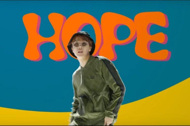 Anggota BTS, J-Hope di mixtape besutannya