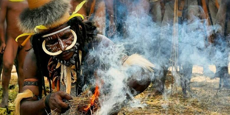 Festival Lembah Baliem di Kabupaten Wamena, Papua, berlangsung 6-8 Agustus 2015.