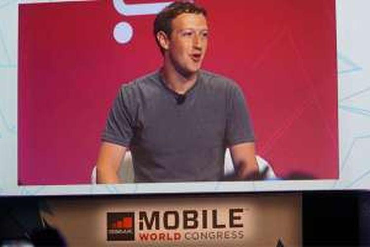 Pendiri Facebook Mark Zuckerberg menjadi salah satu pembicara di sesi keynote acara Mobile World Congress 2016 di Barcelona, Spanyol, Selasa (23/2/2016).