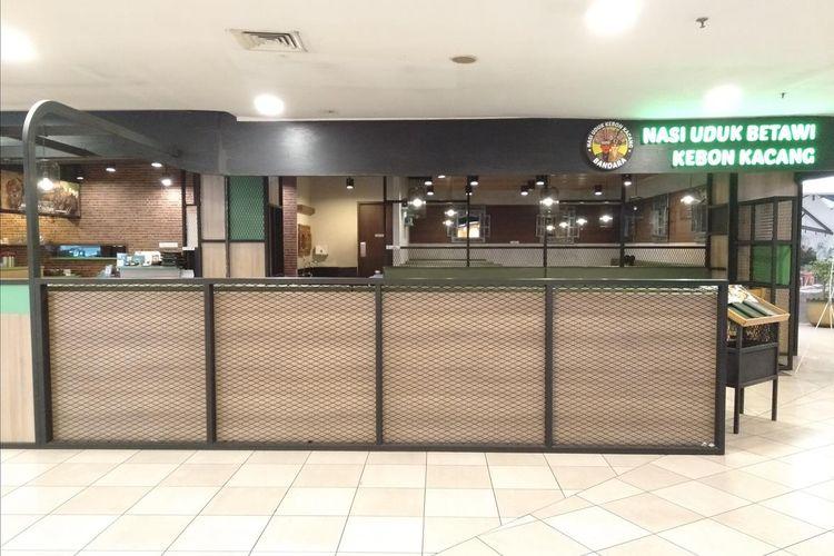 Kondisi Plaza Semanggi, Jakarta Selatan. Banyak gerai yang tutup dan sepi pengunjung. Jumat (5/7/2019)