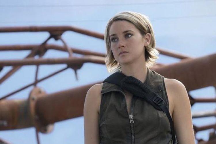 Shailene Woodley bermain dalam The Divergent Series: Allegiant