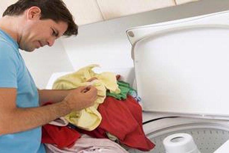 Jangan cuma memakai saja, tapi Anda harus merawat mesin cuci dengan baik