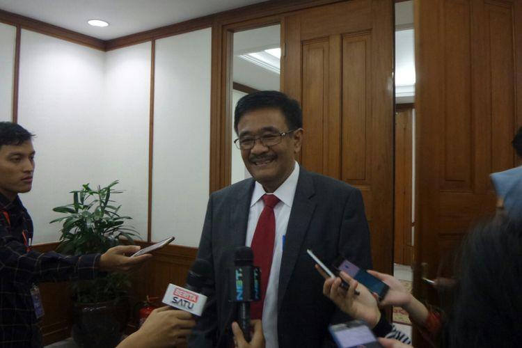 Gubernur DKI Jakarta Djarot Saiful Hidayat di Balai Kota DKI Jakarta, Jalan Medan Merdeka Selatan, Jumat (29/9/2017).