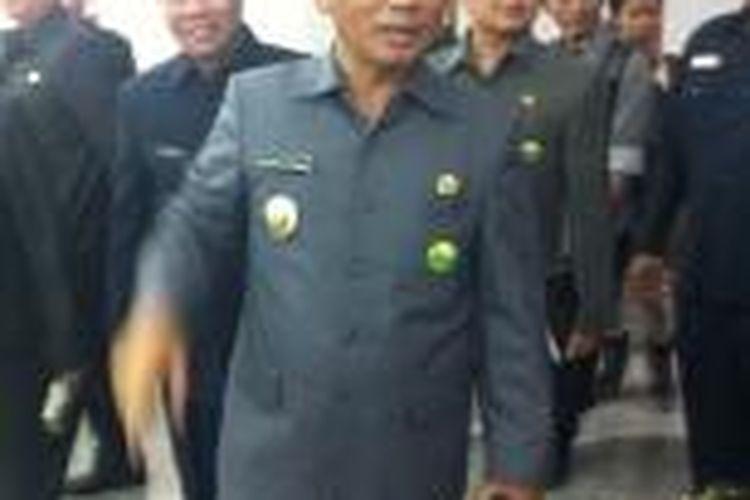 Wali Kota Bekasi Rahmat Effendi bertamu ke Plt Gubernur DKI Jakarta Basuki Tjahaja Purnama di Balaikota Jakarta, Selasa (28/10/2014).