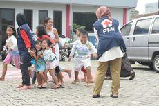 PMI Gelar Trauma Healing buat Anak-anak Korban Banjir di Kota Tangerang