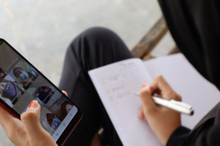 Ilustrasi sekolah virtual