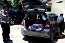 Tepergok Mesum di Parkiran Mal, Pengemudi Honda Jazz Tabrak Satpam dan Palang Otomatis