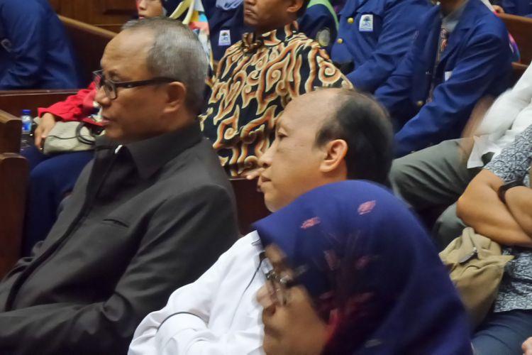 Sekretaris Jenderal Kementerian Desa dan PDTT Anwar Sanusi (tengah) di Pengadilan Tipikor Jakarta, Rabu (22/11/2017).