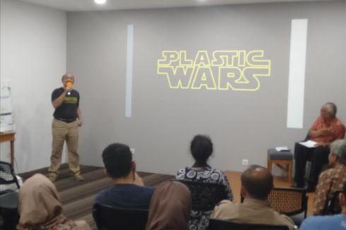 Kurangi Penggunaan Kantong Plastik, Warga Dianjurkan Pakai Besek Bambu