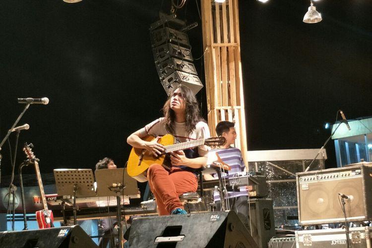 Gerald Situmorang saat beraksi di panggung Java Jazz Festival yang digelar pada Minggu (4/3/2018) di JIExpo Kemayoran, Jakarta Pusat.