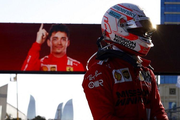 Pebalap Ferrari, Charles Leclerc, menjadi yang tercepat di sesi Kualifikasi Formula 1 GP Azerbaijan pada Sabtu (5/6/2021) malam WIB.