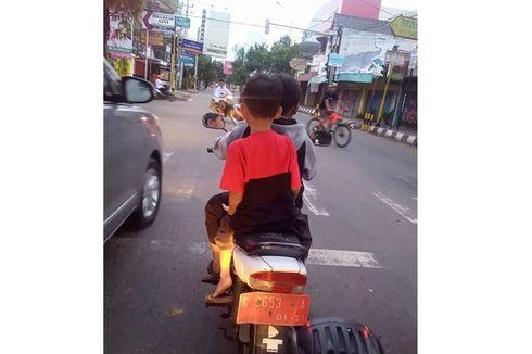 Viral Dua Anak Kecil di Pekalongan Kendarai Motor Pelat Merah