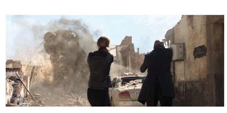 Sosok Elementals dalam wujud penguasa bumi atau Magnum dalam teaser film Spider-Man: Far from Home.