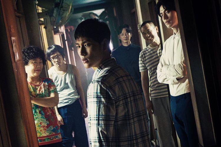 Poster drama Korea Strangers from Hell