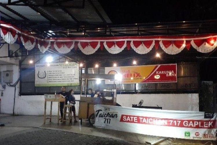 Lapak Sate Taichan 717 Gaplek, di Jalan Setiabudi, Pamulang, Tangerang Selatan.
