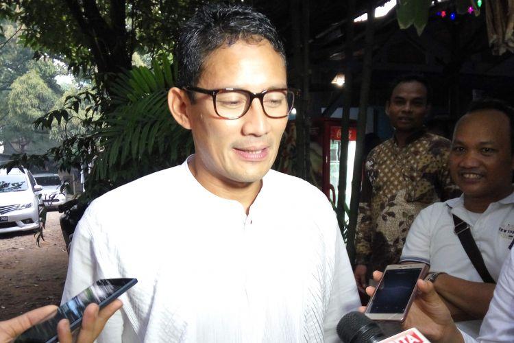 Calon wakil gubernur DKI Jakarta, Sandiaga Uno saat di kawasan Jakarta Pusat, Jumat (17/3/2017).