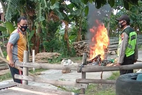 Bobol Kotak Amal Masjid dan Minimarket di Kudus, Sepeda Motor Pelaku Dibakar Warga