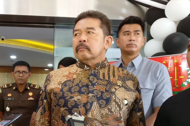 Jaksa Agung Sanitiar (ST) Burhanuddin di Kompleks Kejaksaan Agung, Jakarta Selatan, Selasa (10/12/2019).