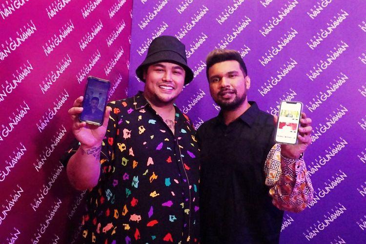 Perancang busana Ivan Gunawan bersama Shafiq Husein selaku CEO Gambir Studio dalam peluncuran aplikasi game bernama Ivan Gunawan Superstyle di kawasan Antasari, Jakarta Selatan, Rabu (20/11/2019).