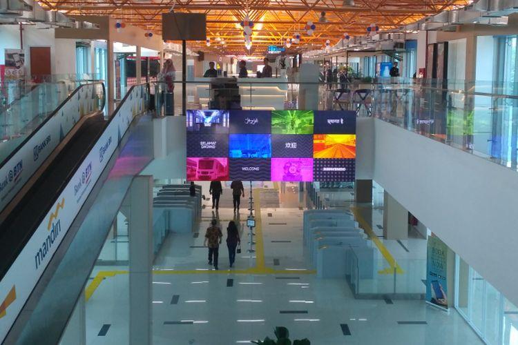 Stasiun Sudirman Baru/BNI City yang menjadi titik keberangkatan dan titik tiba dari Bandara Soekarno-Hatta, Cengkareng.