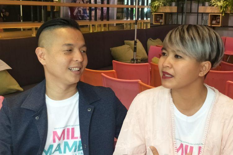 Ernest Prakasa dan istrinya, Meira Anastasia, hadir dalam jumpa pers peluncuran trailer dan pengisi soundtrack film Milly & Mamet di kawasan Sarinah, Jalan MH Thamrin, Jakarta Pusat, Kamis (8/11/2018).
