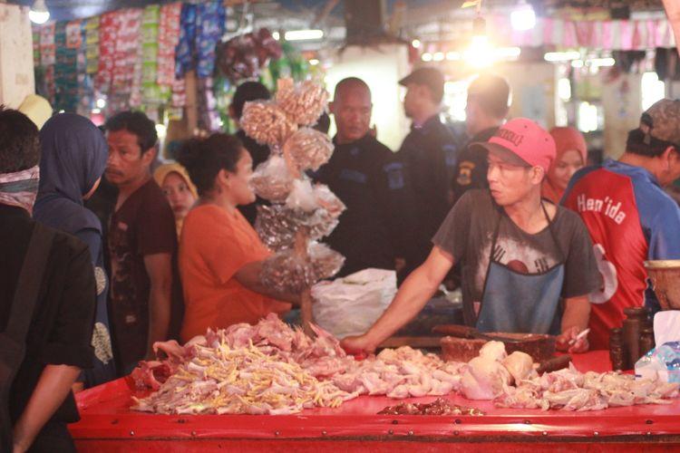 Pedagang ayam potong di Cianjur