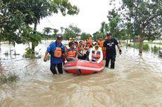 Fakta Banjir Madiun, Khofifah Temui Balita yang Mengungsi hingga Penjelasan Penyebab Banjir
