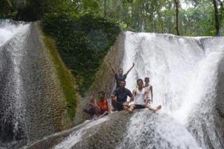 Mari Nikmati Sejuknya Air Terjun Tujuh Bidadari