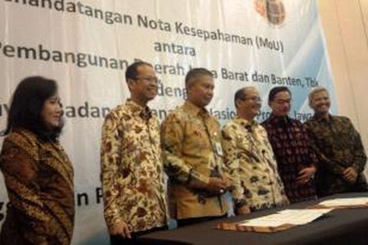 Untuk meningkatkan fungsi transparansi, Badan Pertanahan Nasional (BPN) Provinsi Jawa Barat menggandeng PT Bank Pembangunan Daerah Jawa Barat dan Banten Tbk (Bank BJB).