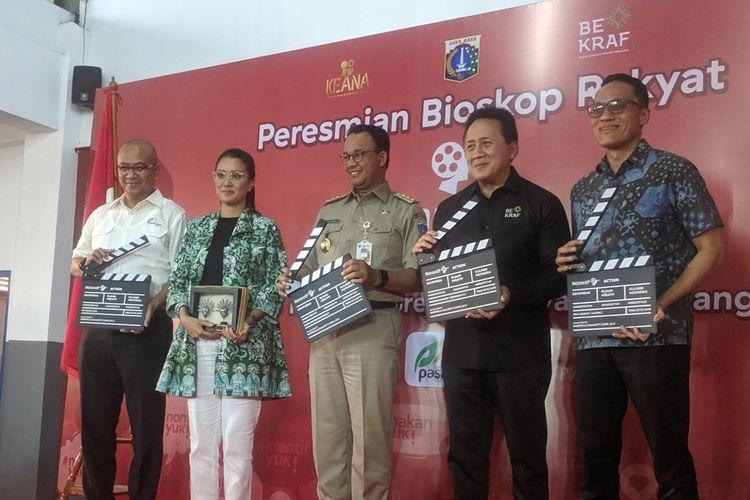 Peresmian bioskop rakyat di Pasar Teluk Gong, Penjaringan, Jakarta Utara, Senin (7/10/2019)