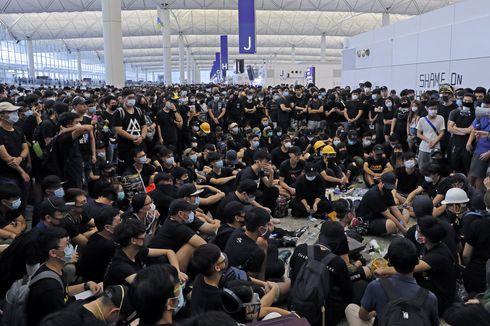 Ratusan Jadwal Penerbangan ke Bandara Hong Kong Dibatalkan