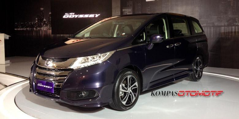 Tampang dinamis MPV premium Honda Odyssey.(Aris F Harvenda)