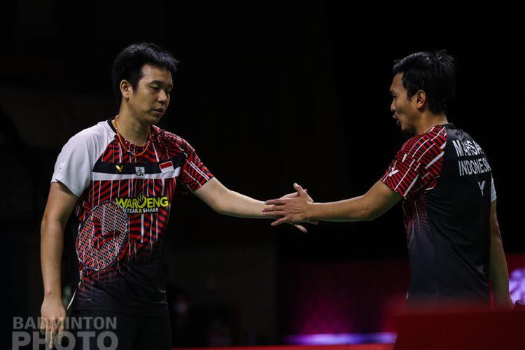 Ganda putra Indonesia, Mohammad Ahsan/Hendra Setiawan, gagal meraih trofi utama BWF World Tour Finals 2020 usai tumbang dari Lee Yang/Wang Chi-Lin, Minggu (31/1/2021) di Impact Arena, Thailand.