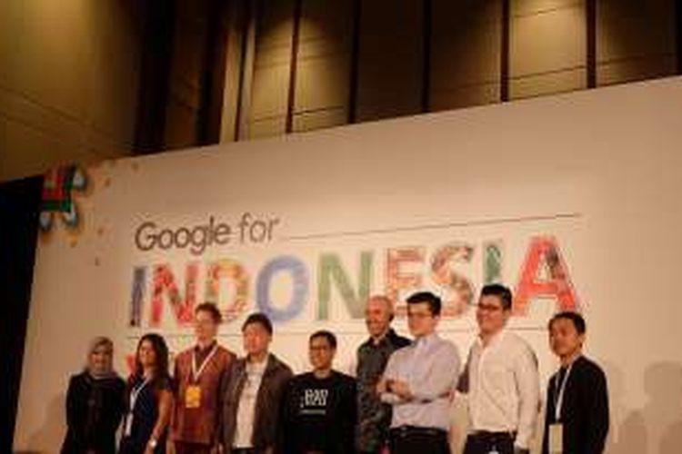Peserta Google Lauchpad Accelerator 2 bersama tim Google, Selasa (9/8/2016), dalam rangkaian acara
