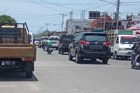 Awas, Mobil Parkir Sembarangan di Kota Padang Akan Diderek