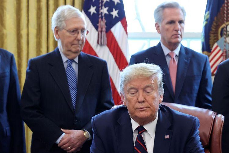 McConnell sendiri mengatakan dia belum memutuskan apakah akan menghukum Trump.