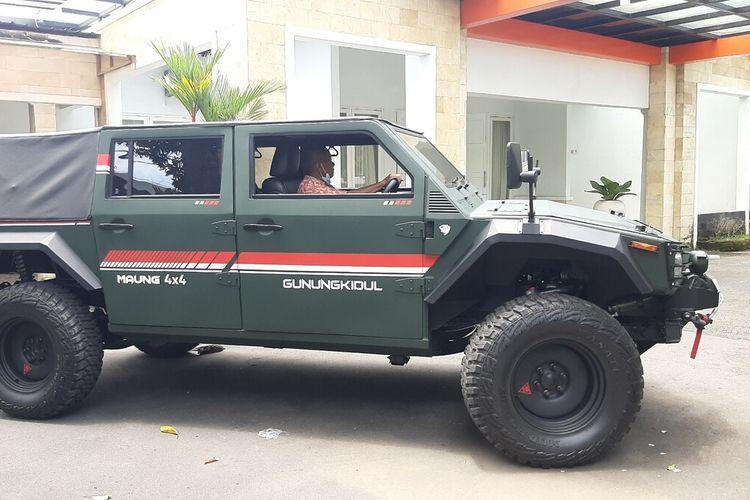 Mobil Maung PT Pindad milik Bupati Gunungkidul Sunaryanta Senin (1/3/2021)