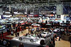 Penjualan Mobil Grup Astra Mulai Merangkak Naik