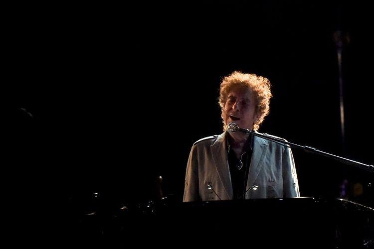 Bob Dylan tampil selama Festival Musik Firefly di Dover, Delaware, AS 17 Juni 2017