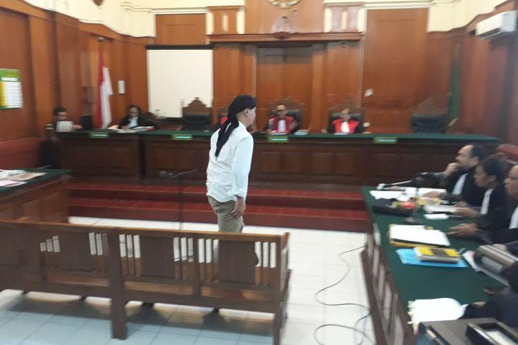 Sidang lanjutan perkara pencemaran nama baik dengan terdakwa Ahmad Dhani di PN Surabaya, Selasa (19/3/2019)