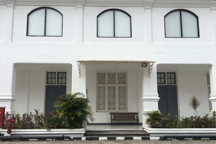 Gedung Galeri Nasional Indonesia bergaya kolonial Belanda, bisa jadi salah satu spot foto, Jakarta, Kamis (11/1/2018).