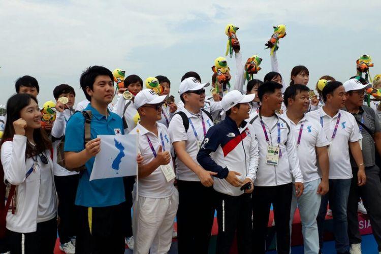 Tim perahu naga Korea Bersatu - BOLASPORT.com/Any Hidayati