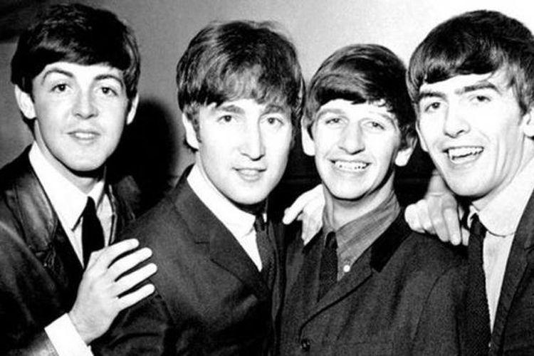 The Beatles (dari kiri ke kanan) Paul McCartney, John Lennon, Ringo Starr, dan George Harrison.
